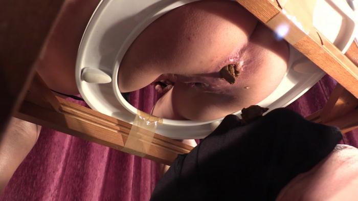 YezzClips: (Goddess Diana) - Facesitting Scat Domination [FullHD 1080p] (558 MB)