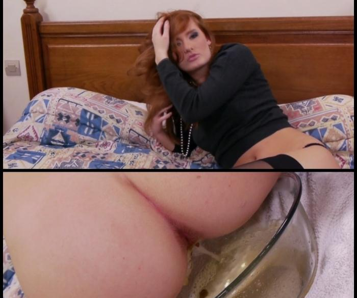 (LindzyPoopgirl) - Denisa Heaven doing a little poo for you Scatting [FullHD 1080p] (876 MB)