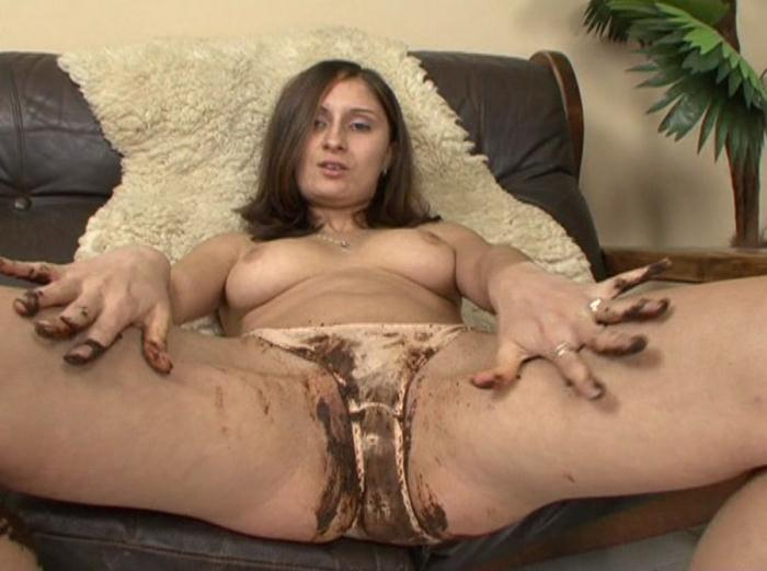 SG Video: (Girl) - Street & Panty Kaviar 11 [DVDRip] (1.76 GB)