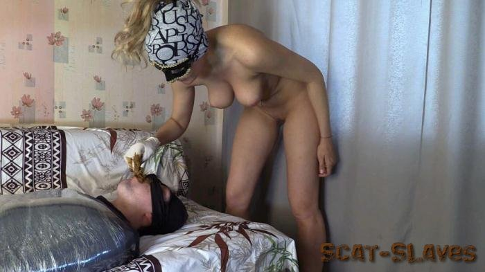 Scat Femdom: (Princess Mia) - Princess Grace and toilet slave [FullHD 1080p] (1.15 GB)