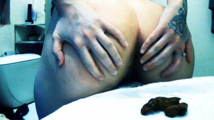 Sweet Betty Parlour: (Dirty Betty) - Your Scat Goddess SweetBetty [FullHD 1080p] (889 MB)