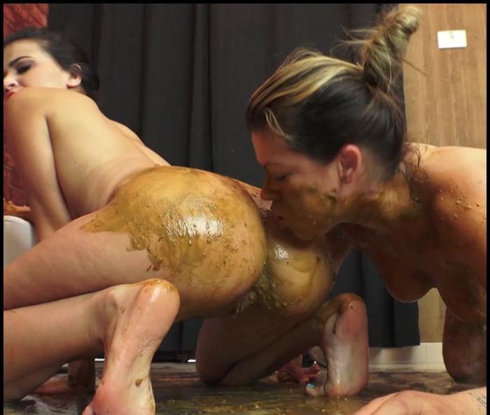 Fitness nude emo girl