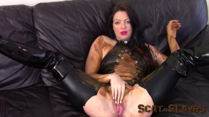 Stars Scat: (Evamarie88) - Messy Shit Smear On The Leather Couch [FullHD 1080p] (534 MB)