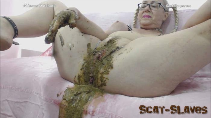 Pooping Milf: (Abbraxa) - The 45 min scat exam [FullHD 1080p] (2.82 GB)