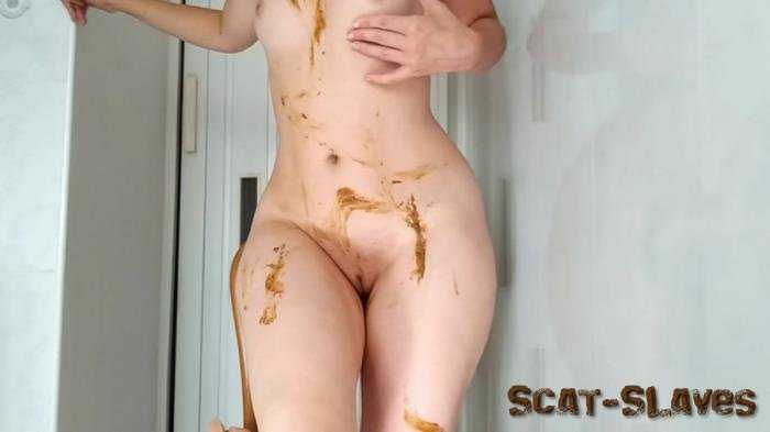 Extreme Scat: (NastyGirl) - Sexy pooping on dildo playing and smearing [HD 720p] (905 MB)