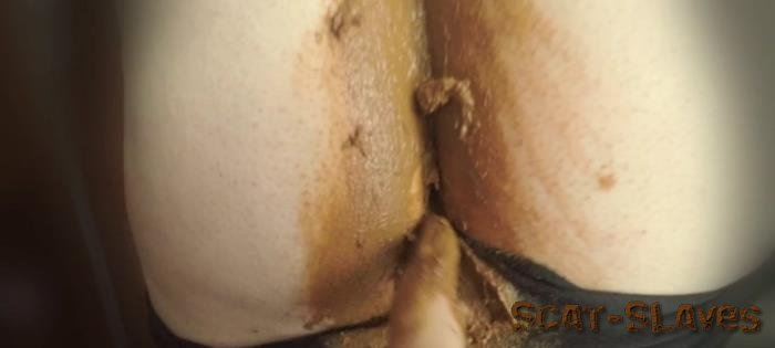 Extreme Scat: (KatiePoo) - Black leggings and smearing on pussy part 1 [FullHD 1080p] (550 MB)