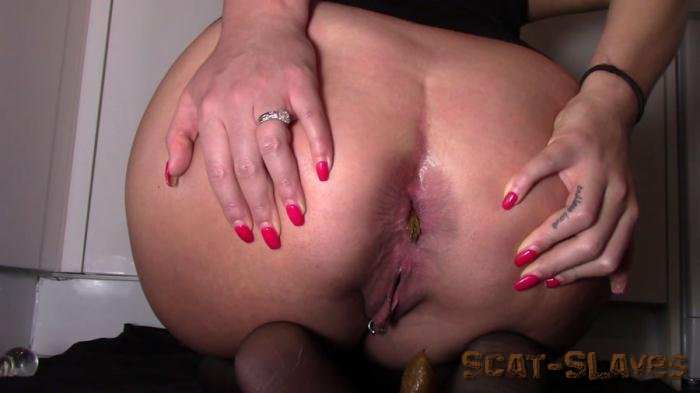 Solo Scat: (evamarie88) - Sexy Toilet Slavery [FullHD 1080p] (493 MB)