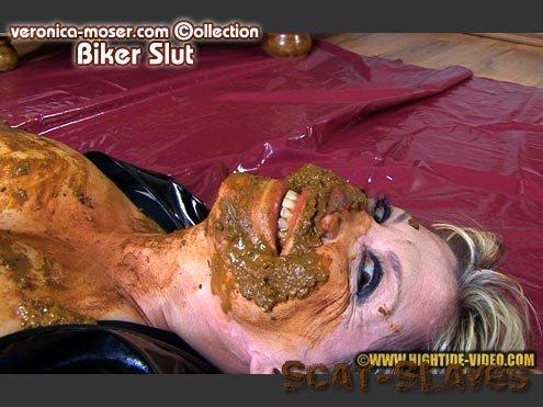 Hightide: (Veronica Moser) - BIKER SLUT / VM28 [HD 720p] (594 MB)