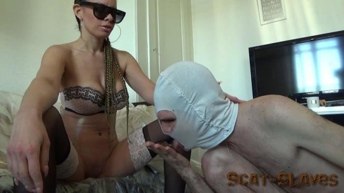 Shit Humiliation: (Lila) - Shit in the hands [FullHD 1080p] (1.97 GB)