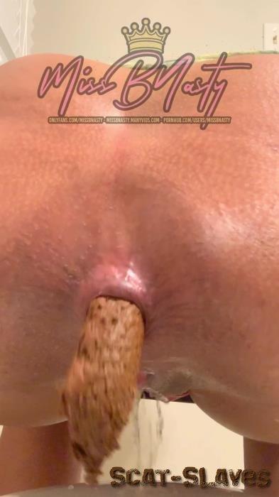 Shitting Ass: (MissBNasty) - Two for one: Golden Shower & Big Push [UltraHD 2K] (26.8 MB)