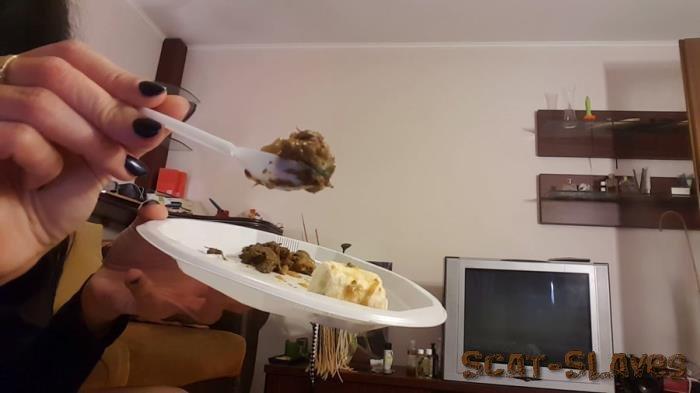 Eating Scat: (Antonella) - Banana & kaviar for you [FullHD 1080p] (1.10 GB)