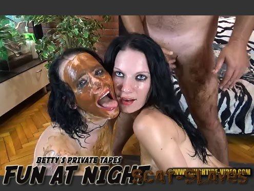 Hightide-Video.com: (Betty, Eliza, 3 males) - BETTY PRIVATE - FUN AT NIGHT [HD 720p] (1.10 GB)