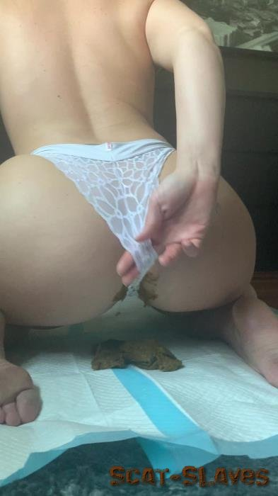 Shitty Panties: (Natalielynne699) - This panty poop turned real messy [UltraHD 2K] (455 MB)
