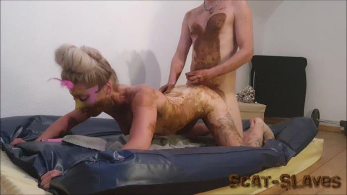 Scat Fuck: (Versauteschnukkis) - Fuck each other and fuck a dildo (2/2) [FullHD 1080p] (1.98 GB)