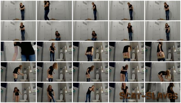 Pooping Jeans: (LucyBelle) - Desperation under the bathroom and poop [UltraHD 2K] (1.83 GB)