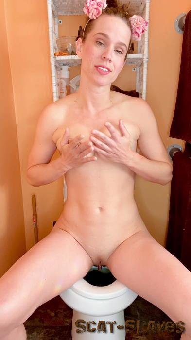 Amateur: (VibeWithMolly) - I cum while pooping on the toilet [UltraHD 2K] (818 MB)