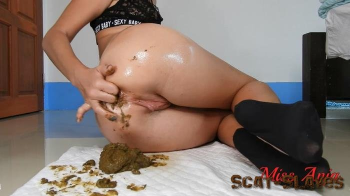 Dirty Ana: (MissAnja) - Oily Shitty Anal In Tiny Black Socks [FullHD 1080p] (1.22 GB)