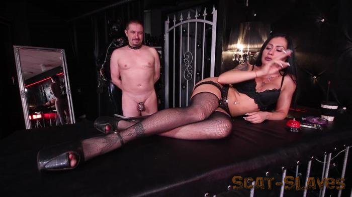 Femdom: (GoddessAndreea) - Donna and Betsy enema and diarrhea meal [FullHD 1080p] (584 MB)