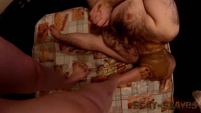 Femdom: (Natalia Kapretti) - Morning Feeding My Loser Of The Toilet Bowl [FullHD 1080p] (1.25 GB)