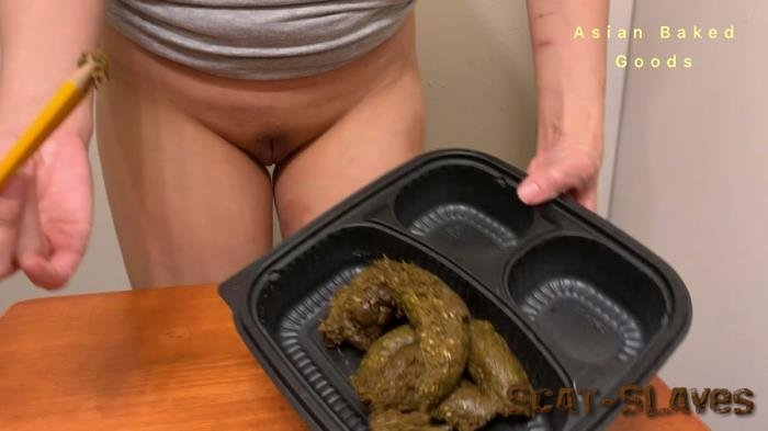 Defecation: (Marinayam19) - Brown Solid in a Pee Puddle - Congrats Grad and Great Work 2! [FullHD 1080p] (2.30 GB)